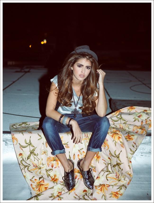 Gigi_floral_blanket